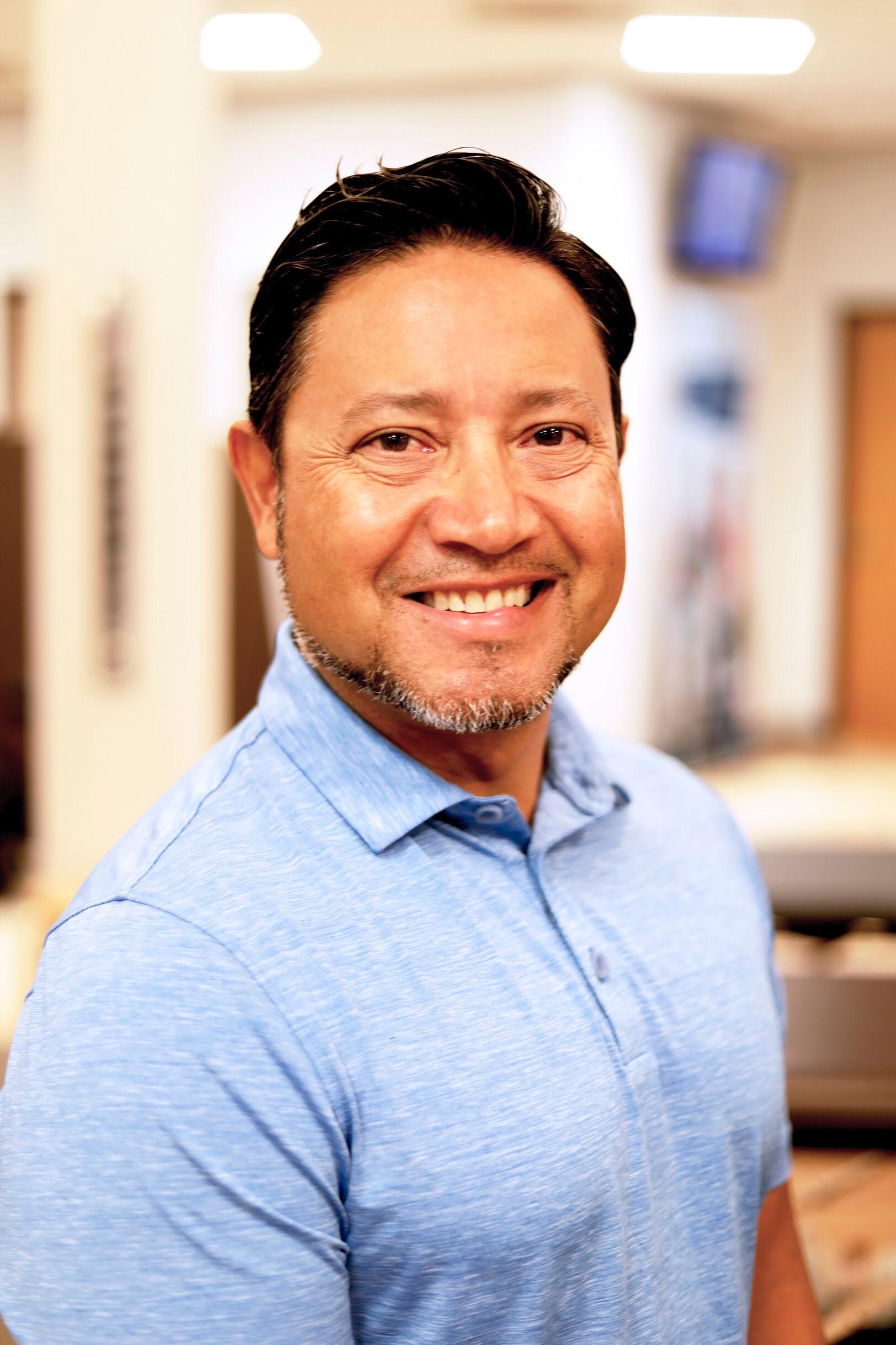 Dr Jose Lara Dc Phoenix Chiropractor Gonstead Physical Medicine